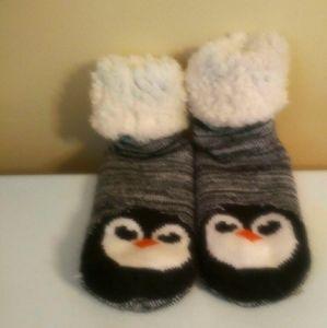 3 FOR 20 SALEMuc lucs slippers sock